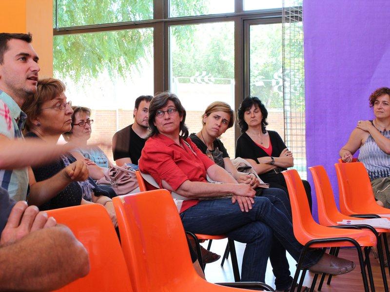 Debat entre participants a la jornada